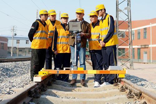 石家庄哪个学校有工程测量专业?