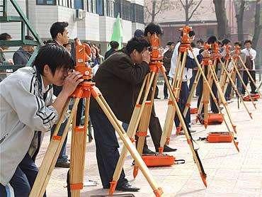 工程测量专业学费多少钱 好就业吗