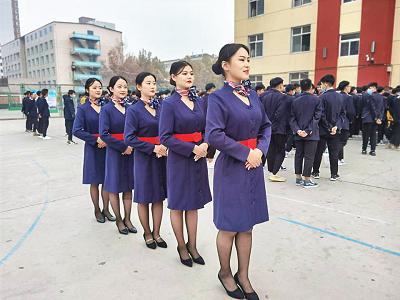 女孩学航空专业好就业吗?